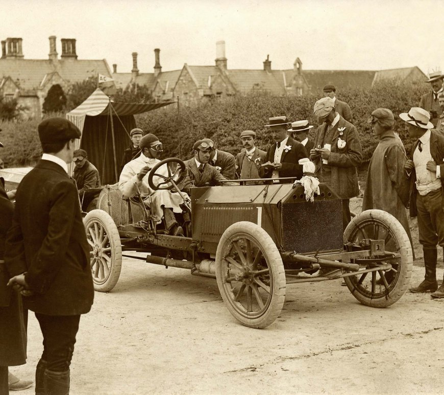 SF Edge leaving Athy control, Napier racing car, 1903 for the 4th Gordon Bennett Trophy.